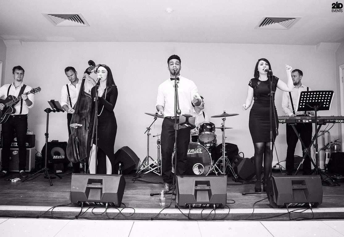 Retro Cover Band for gala dinners