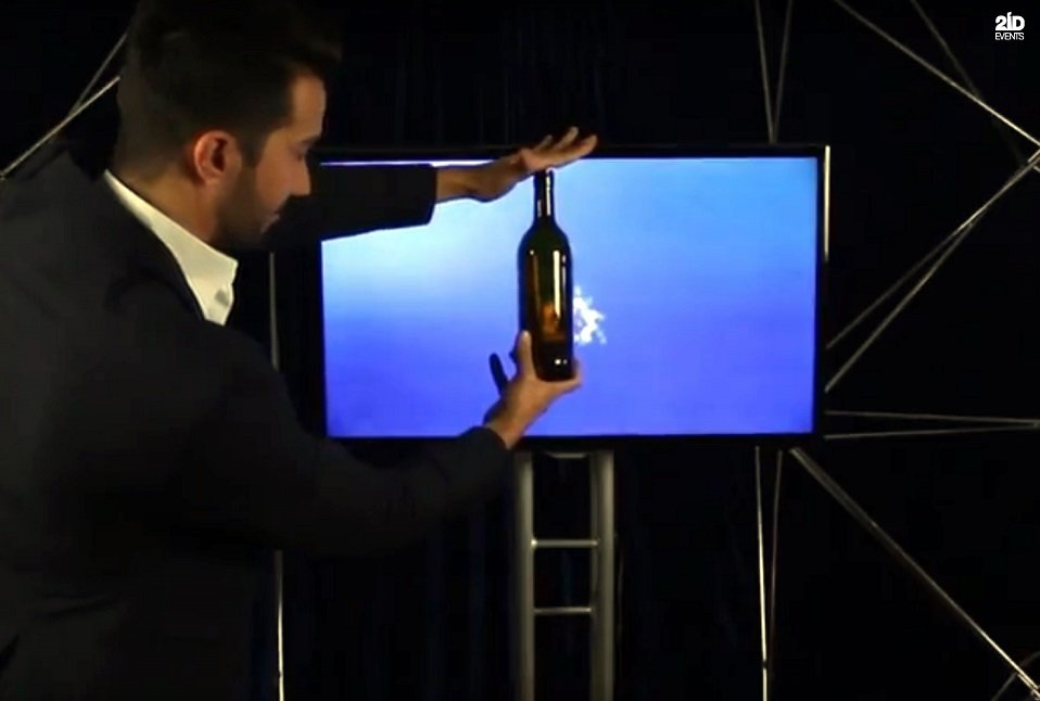 Screen Magic Tricks for gala dinners