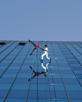 Building Dancers in Dubai