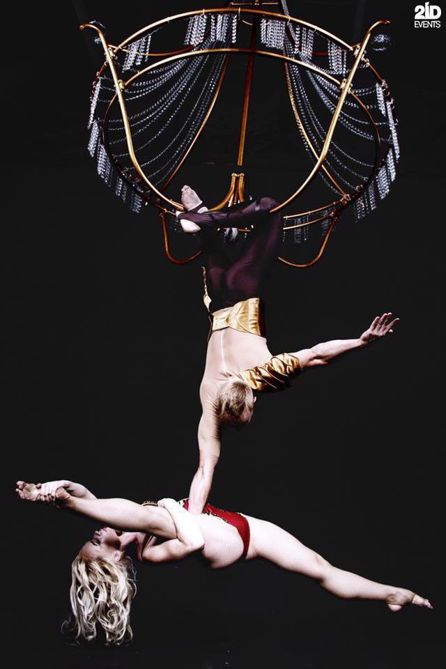 CHANDELIER ACRO DUO FOR SPECIAL EVENTS