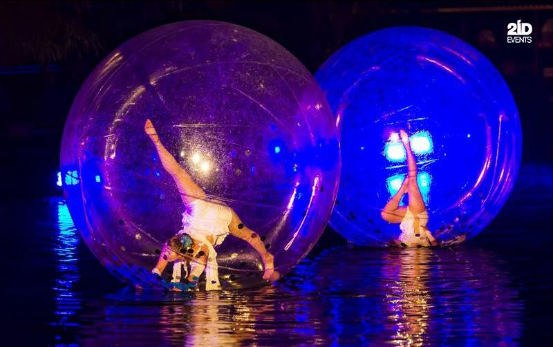 WATER BUBBLE ACROBATS SHOW IN DUBAI