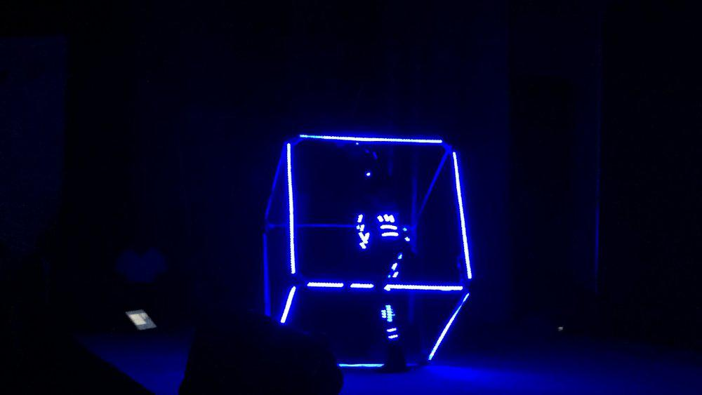 2ID - LED CUBE SHOW – SAMSUNG S7 LAUNCH IN BAHRAIN