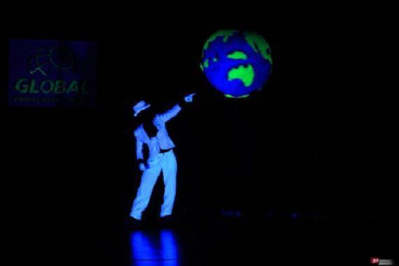 Anti-Gravity show in Dubai