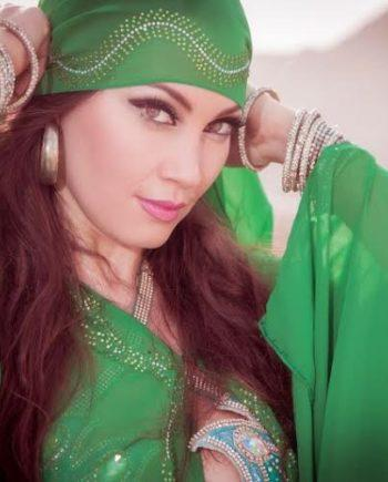 Belly dancer Elaiza in Dubai