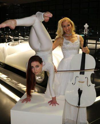 Cellist & contortionist in Dubai