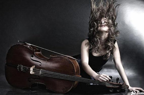 Violoncello player in Dubai