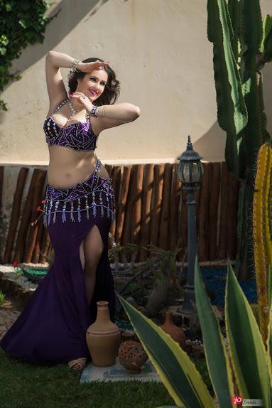 Belly dancer Ana in Dubai