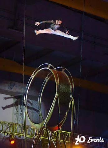 Wheel acrobat in Dubai