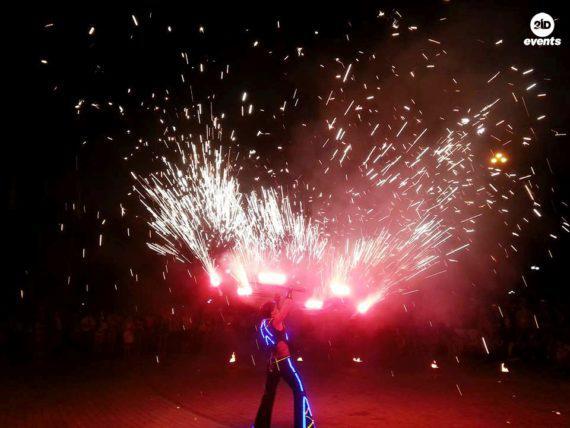 Fire group show in Dubai