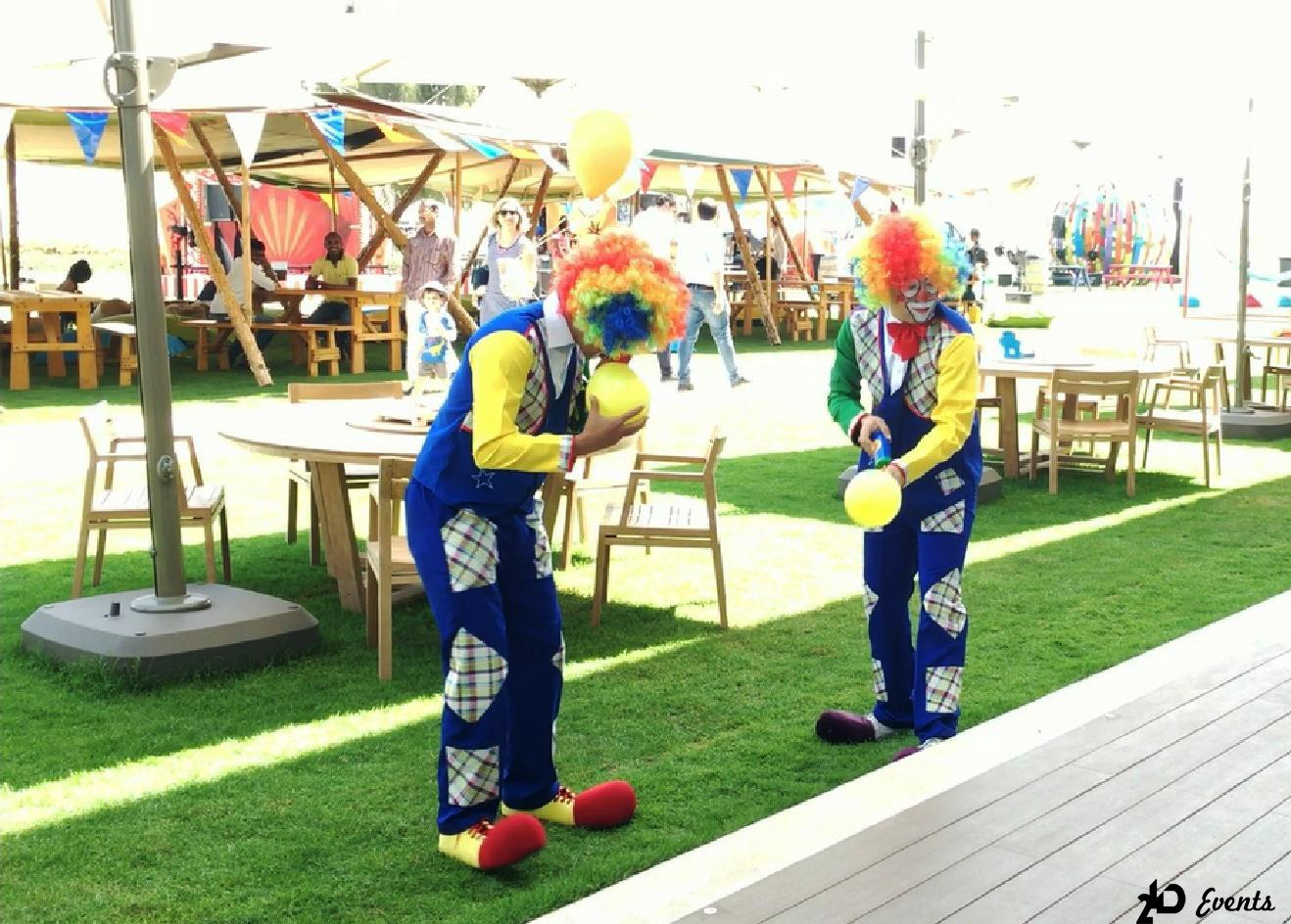 2ID - FUNNY CLOWNS DUO FOR THE PUBLIC EVENT