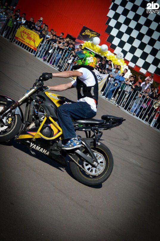 Motorbike stunt show in Dubai