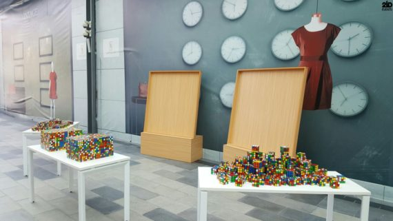 Rubik`s Cube Artist in the UAE