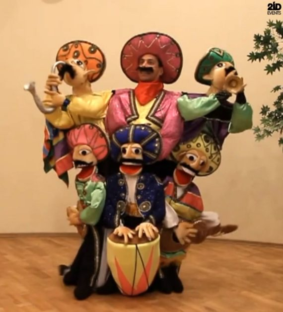 Puppet Latino Band in Dubai