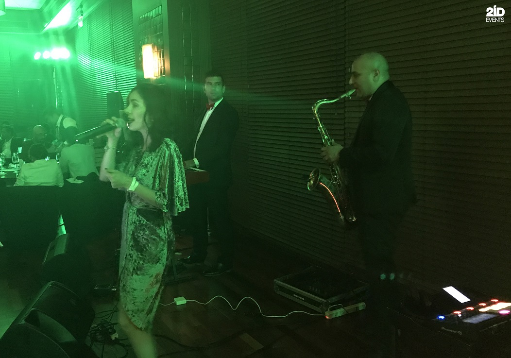 COVER BAND FOR PRIVATE PARTY