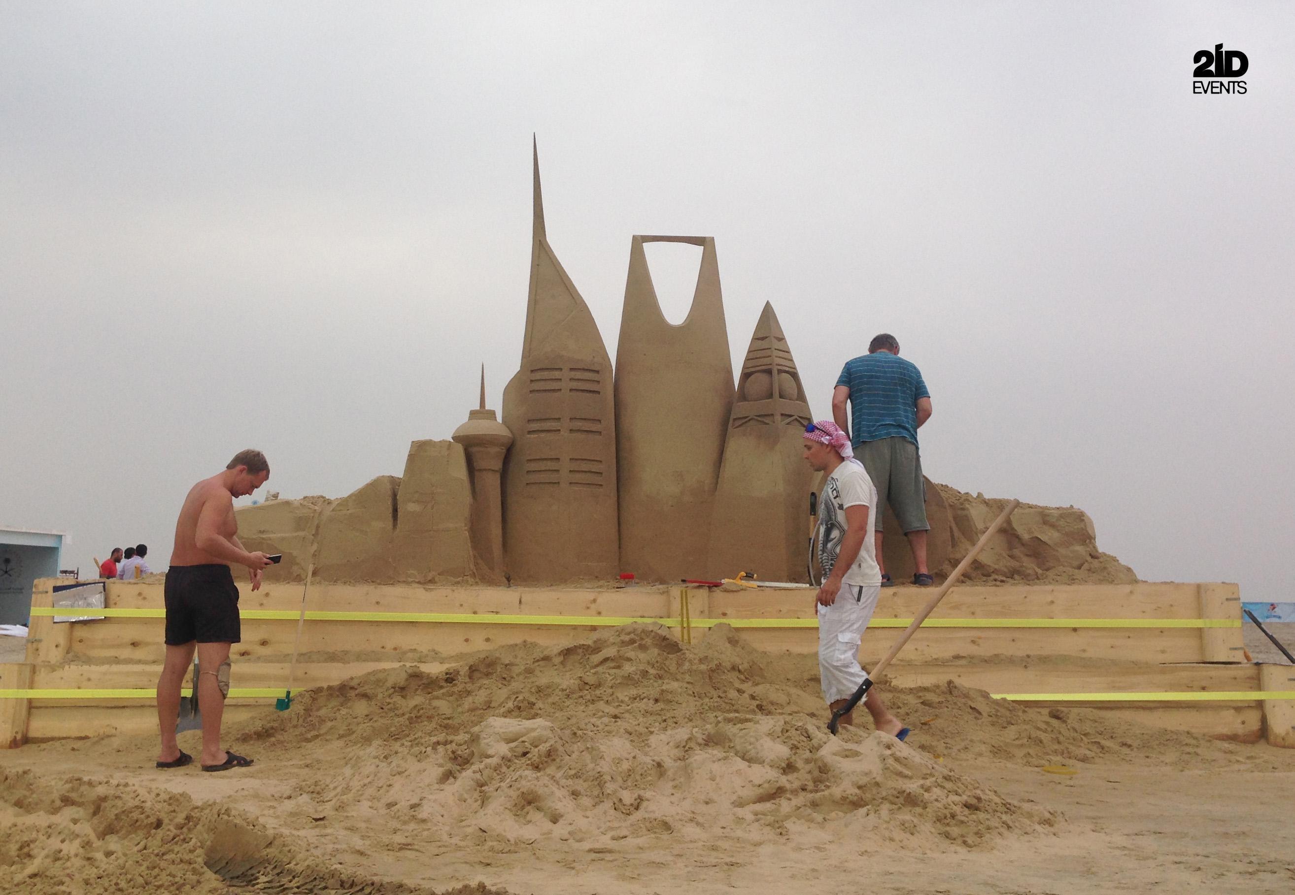 4 33 - SAND SCULPTURE FOR FESTIVAL IN THE KSA