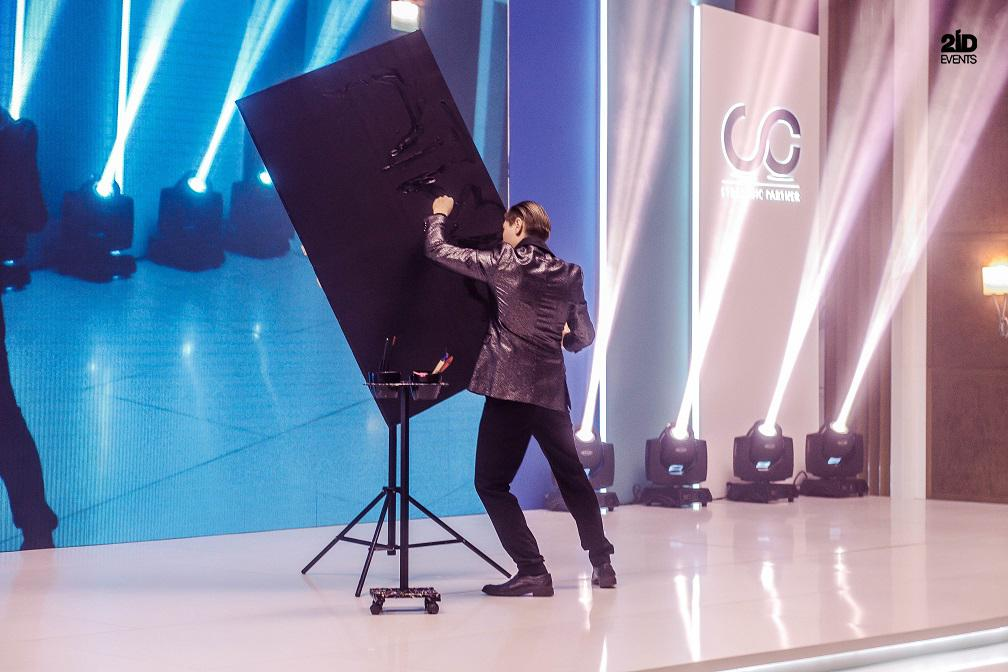 6 1 - ENTERTAINMENT FOR EMIRATES STEEL CORPORATE EVENT