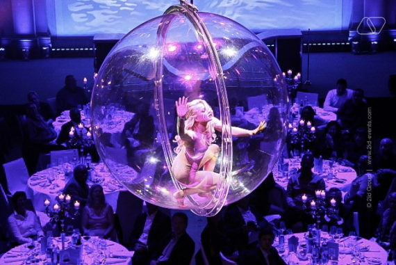AERIAL BUBBLE PERFORMANCE IN DUBAI