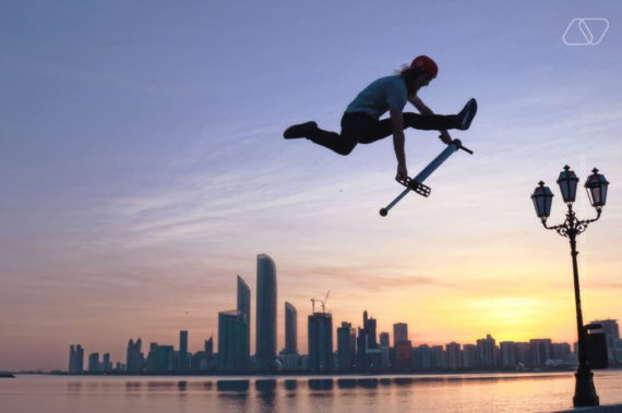 ew2 570x379 - EXTREME JUMPING GROUP IN DUBAI
